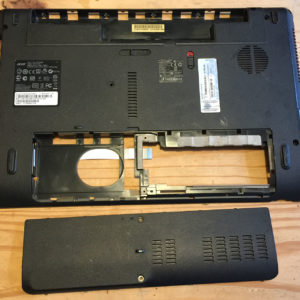 acer-aspire-5733-pew71-bottom-cover-inc.win7key-a